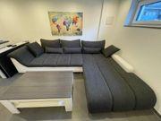 Couch grau weiß in 3