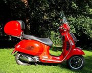 VESPA GTS 300ie Top Zustand