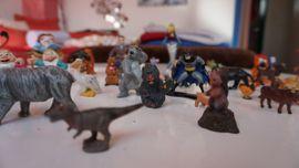 Verschiedene Spielfiguren: Kleinanzeigen aus Allershausen - Rubrik Sonstiges Kinderspielzeug