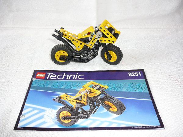 8251 Lego Technik Motorrad Sonic