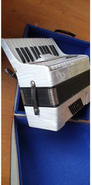 Royal Standard Piano Akkordeon