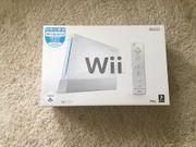 Wii Konsole mit 4 Remotes