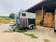 Pferdehänger mit Garage Abdeckung zu