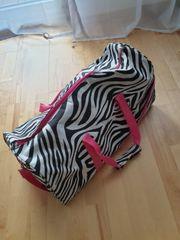 Reisetasche Zebramuster