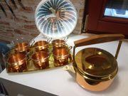 Teeservice in Kupfer mit Thermosteekanne