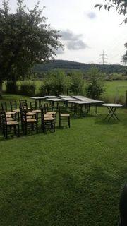 Konvolut Tische und Stühle