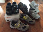 4 Paar Kinderschuhe Sneakers auch