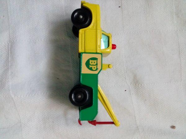Matchbox dodge wreck truck