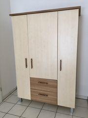 Kinderzimmer-Möbel Schrank Sitzbank Tisch und