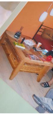 Sehr schöner Tisch