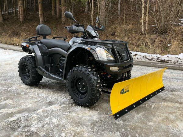 Quad ATV CFMoto Goes Iron
