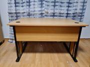 Schreibtisch mit passender Rollschublade