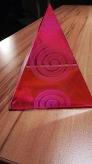 Kristallpyramide Kundalini