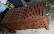 Auflagenbox Holz mit Rollen Garten