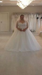 nagelneues Hochzeits Kleid 48