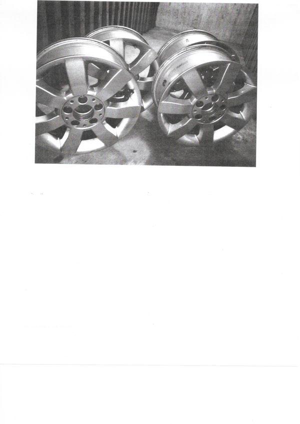 Felgen - München Ramersdorf-perlach - Felgen Ronal Mercedes A Klasse 195/55 R16 87TVier Stück, normale Abnützungen und KratzerAbholung direkt vom Privat im Ramersdorf-Perlach München.Bitte nur Mails - München Ramersdorf-perlach