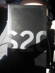 zwei Samsung Galaxy S20 Zugabe