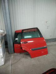 Türen und Motorhaube von Ford
