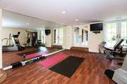 Halle Vereinsheim Trainingsraum Fitnessstudio Grundstück