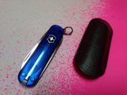 Taschenmesser von Victorinox mit blauen