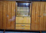 Wohnzimmerschrank aus dem Jahr 1960 -