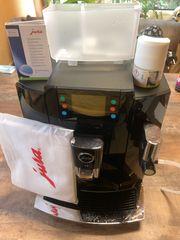 Kaffeevollautomat Jura 15355 E8 PIANO