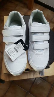 neue Schuhe Größe 40 Pro