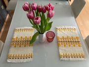 2 Tischsets retro gelb braun