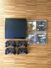 Playstation 3 mit 4 Controllern