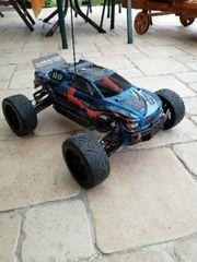 Großes ferngesteuertes Auto Reely Overheater
