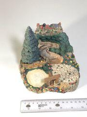 Hummelfiguren Podest 936-D Castle On
