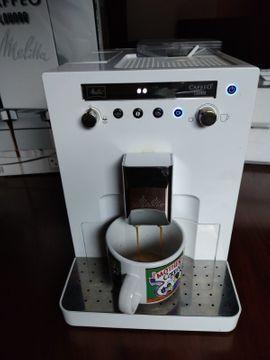 Kaffee-, Espressomaschinen - Kaffeevollautomat Melitta E960-102 in OVP