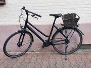 Schwarzes Damenrad von Kalkhoff 28