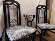 2 Stühle mit Beistelltisch
