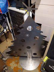 Weihnachtsbaum aus Metall