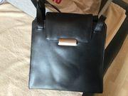 Mandarina Duck Tasche in Schwarz