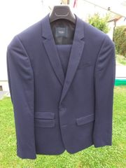 Jugendlicher Anzug blau Gr 94 -