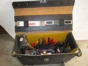 Handwerker Werkzeugtasche gut bestückt