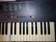 Yamaha Keyboard PSR300