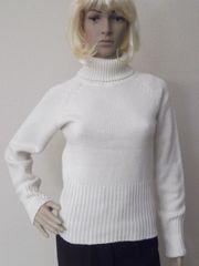 Rollkragen Pullover der Marke Madonna