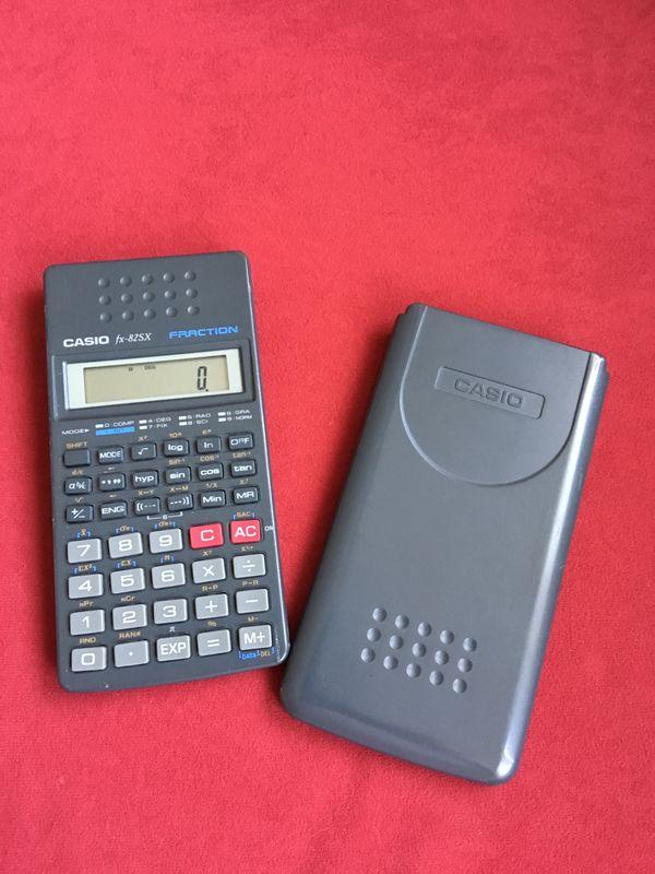 CASIO - Taschenrechner / Schulrechner - München Hadern - neuwertiger CASIO - Taschenrechner in grau mit schiebbarem Deckelsolar benötigt keine Batterie. (fx-82SX) - München Hadern