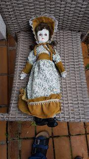 Alte Porzellan-Sammler-Puppe Carlotta