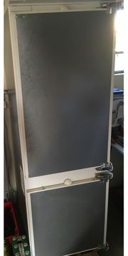 Einbaukühlschrank NEFF mit Gefrierschrank