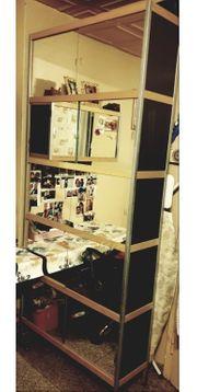 Schreibtisch Drehstuhl Schrank Regal