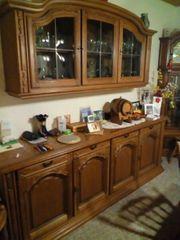 Esszimmerschrank Tisch mit 6 Stühlen