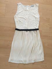 Kleid spitze weiß schwarz About