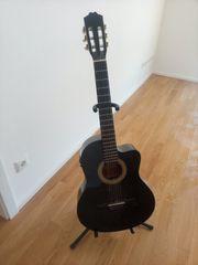 Konzertgitarre zu verkaufen