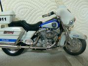 Polizei-Karussell Rummelplatz Kirmes Harley Modell