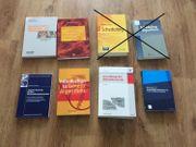 Div Bücher u a Führungssysteme