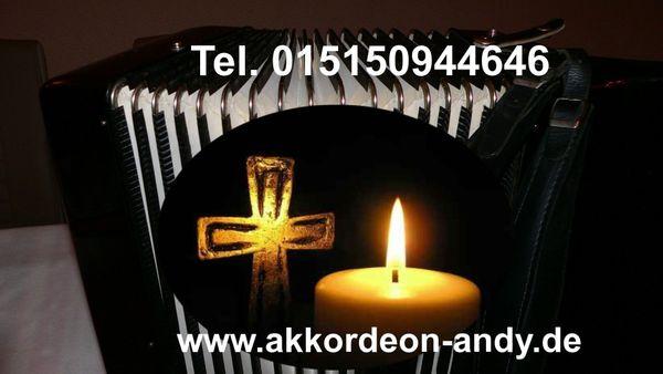 Akkordeonspieler Trauermusik Beerdigungsmusik